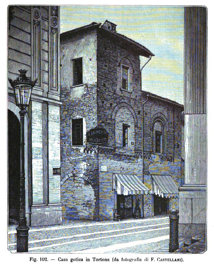 Casa gotica in tortona for Casa di architettura gotica
